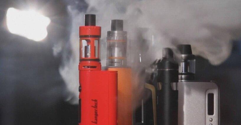 """เกาหลีใต้เตือนประชาชนหยุดสูบ """"บุหรี่ไฟฟ้าแบบเติมน้ำยา"""" ชี้เป็นภัยร้ายแรง"""