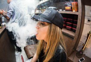 4 เรื่องควรรู้เกี่ยวกับบุหรี่ไฟฟ้า